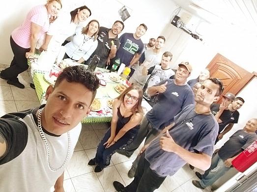 Equipe da Destak Transportes comemora o Dia do Trabalhador